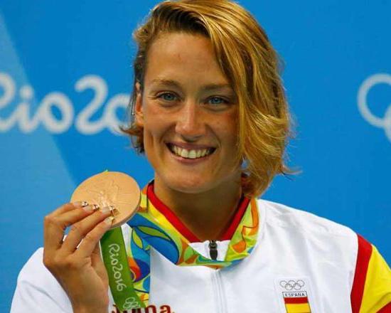Primeras Mujeres en el deporte 22 Mujeres en el deporte, nuestros inicios y logros.