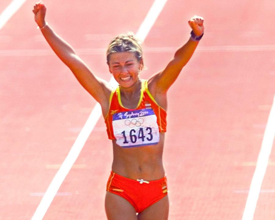 Primeras Mujeres en el deporte 23 Mujeres en el deporte, nuestros inicios y logros.