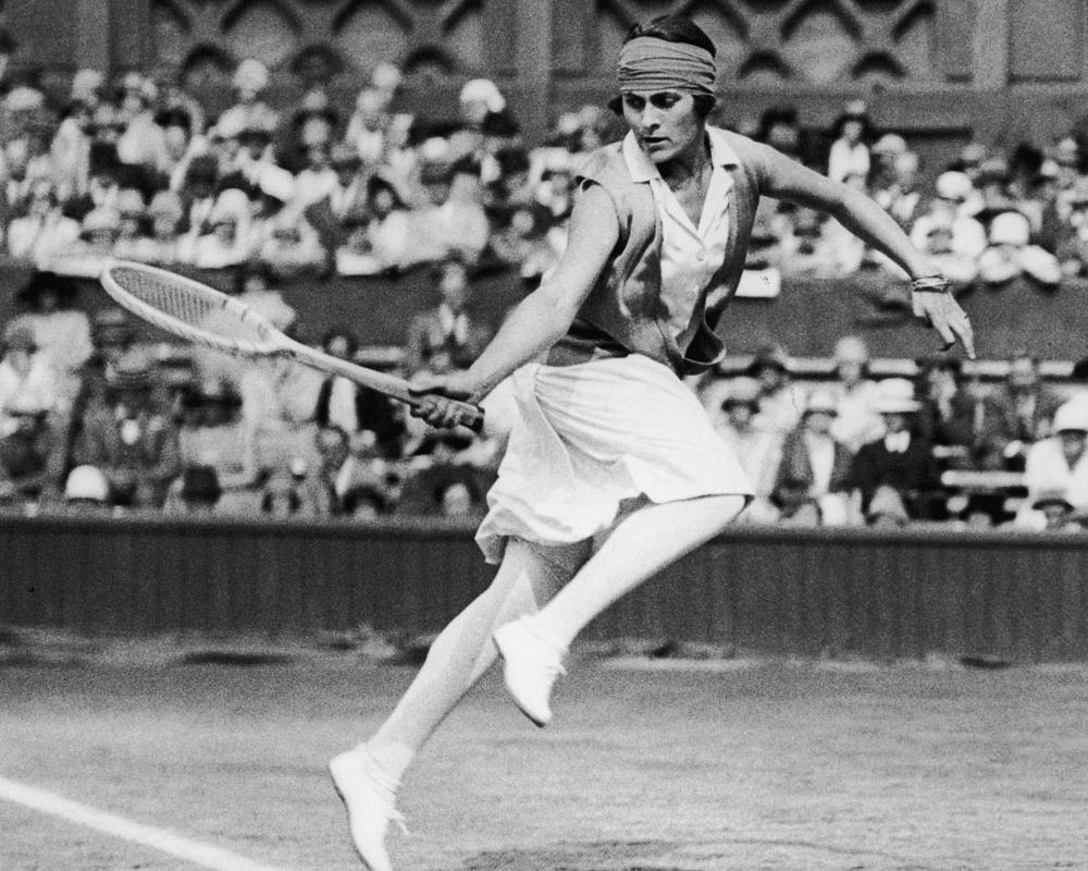 Primeras mujeres en el deporte 8 Mujeres en el deporte, nuestros inicios y logros.